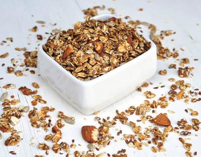 Crunchy Coconut Macadamia Granola with Honey | Royal Macadamia